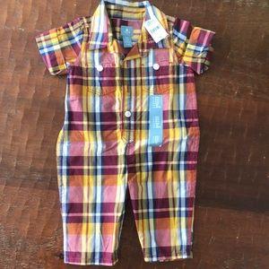 NWT baby Gap 0-3 onesie